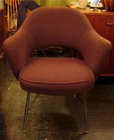 Eero Saarinen 71 Armchair by Knoll