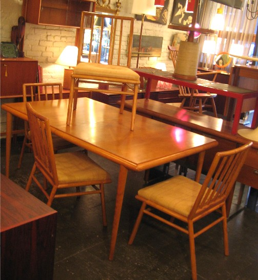 Gibbings Dining Table & Four Chairs