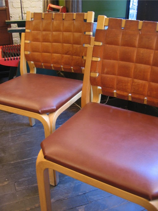 Alvar Aalto Y Leg Chairs