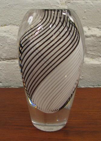 Vicke Lindstrand 1950s Art Glass Vase for Kosta