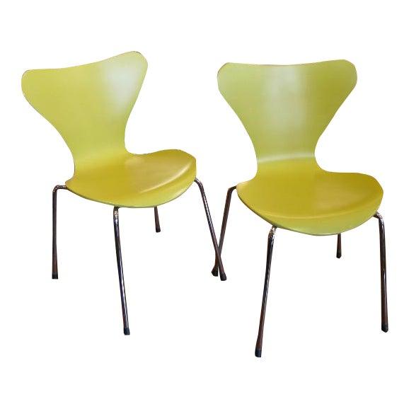 Series 7 Children's Chairs by Arne Jacobsen for Fritz Hansen