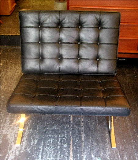 Mies van der Rohe Barcelona Chair by Knoll