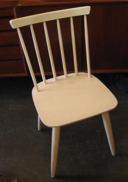 KY Varjonenen Side Chair