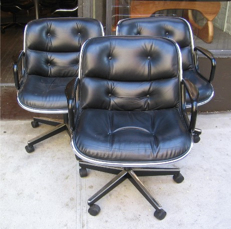 Pollack Executive Arm Chair by Knoll in Black Leather
