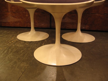 Saarinen Tulip Side Chairs by Knoll