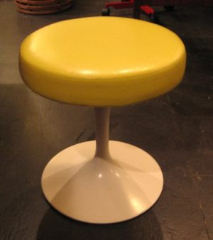 Knoll Saarinen Stool