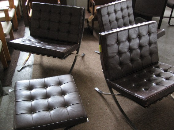 Vintage Barcelona Chairs by Knoll