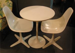 "24"" Tulip Table and Two Chairs by Burke"