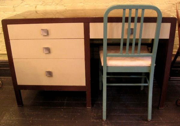 Simmons Painted Metal Desk with Chair