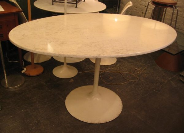 Saarinen Style Oval Tulip Dining Table with Marble Top