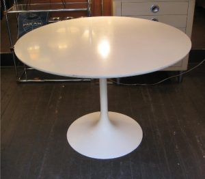 Tulip Dining Table by Burke circa 1970s