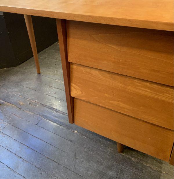 Early Single Pedestal Desk by Knoll