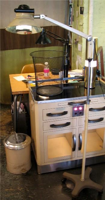 1950s Articulating Operating Lamp