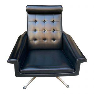 1960s Vintage Swivel Lounge Chair by Poul M Jessen