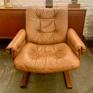 Leather & Rosewood Cantilevered Lounge Chair by Ingmar Relling