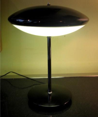 Articulating Saucer Task Lamp