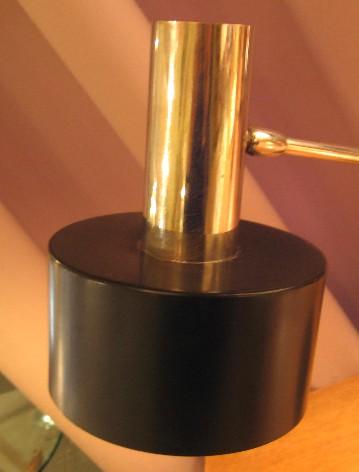 Cantilevered Articulating Task Lamp