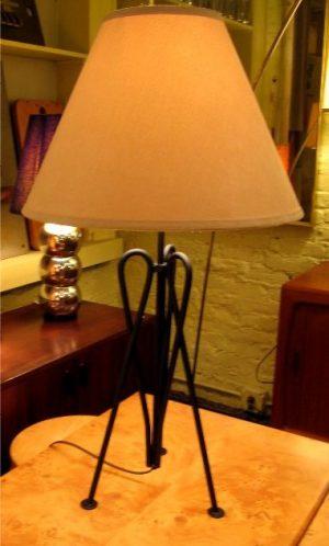 Bent Iron Tripod Table Lamp