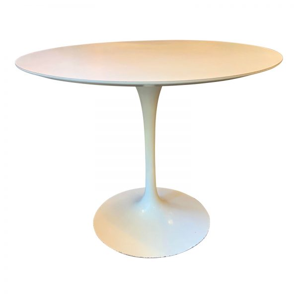 """Eero Saarinen 36"""" Dining Table by Knoll"""