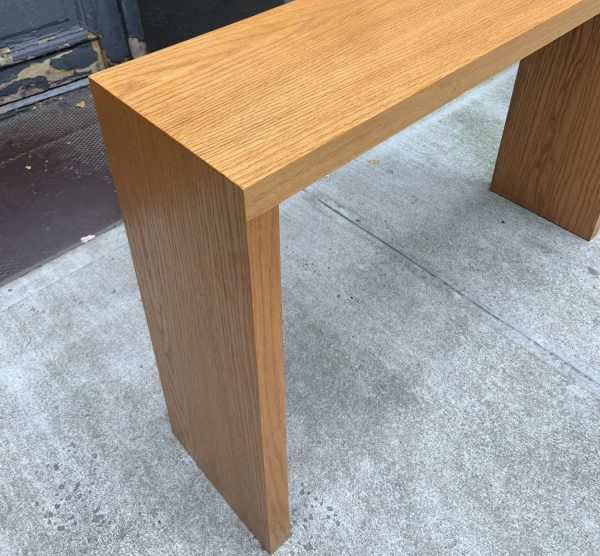 Small Oak Console Table From the 1970s